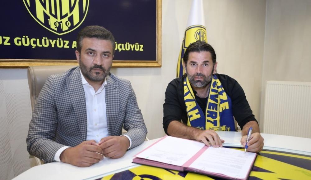 MKE Ankaragücü, İbrahim Üzülmez ile sözleşme imzalandığını duyurdu