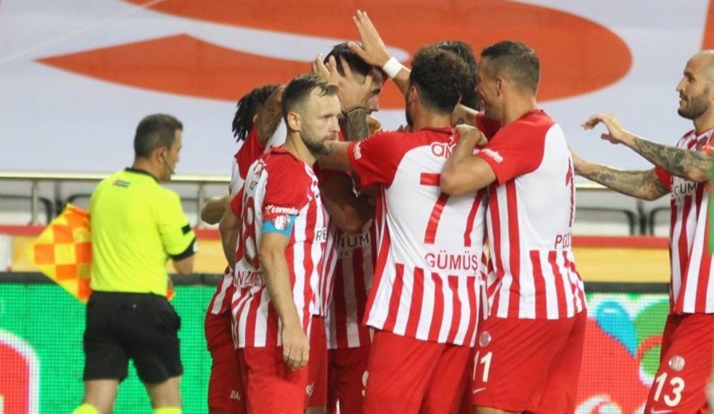 Antalyaspor Avrupa'nın devleriyle yarışıyor