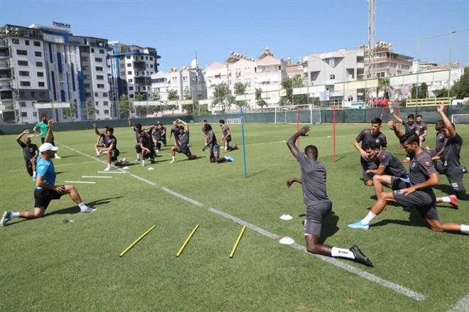 Alanyaspor'da Göztepe maçı hazırlıkları tamamlandı
