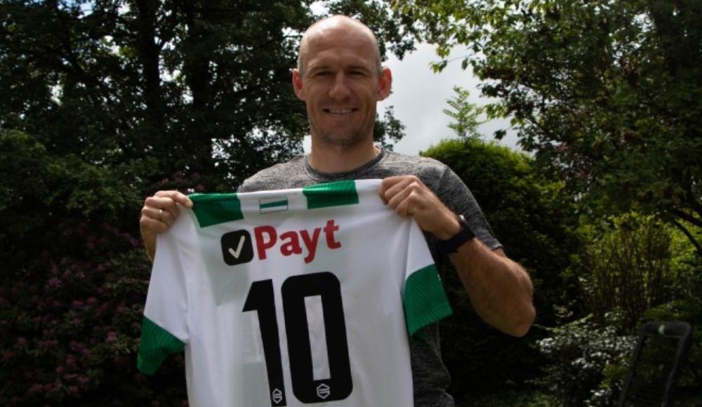 Arjen Robben futbola geri döndü!
