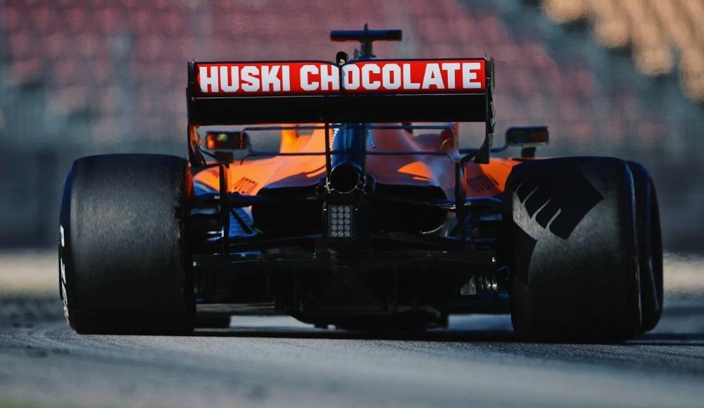 Mercedes, ırkçılığa karşı Formula 1'de siyah araçla yarışacak