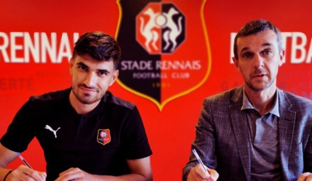 Rennes, Lyon'dan transfer yaptı!