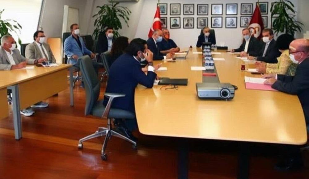 Galatasaray'da kritik toplantı