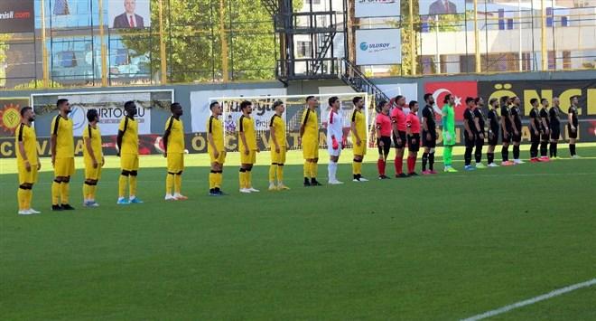 İstanbulspor sahasında tek golle kazandı