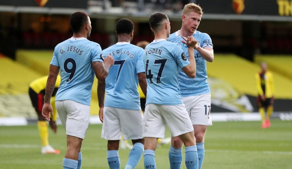 Manchester City 4 golle kazandı