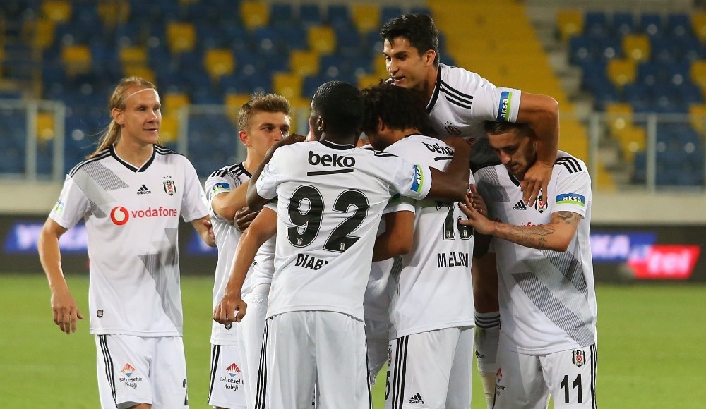 Beşiktaş'ta Denizli'ye geçiş yok