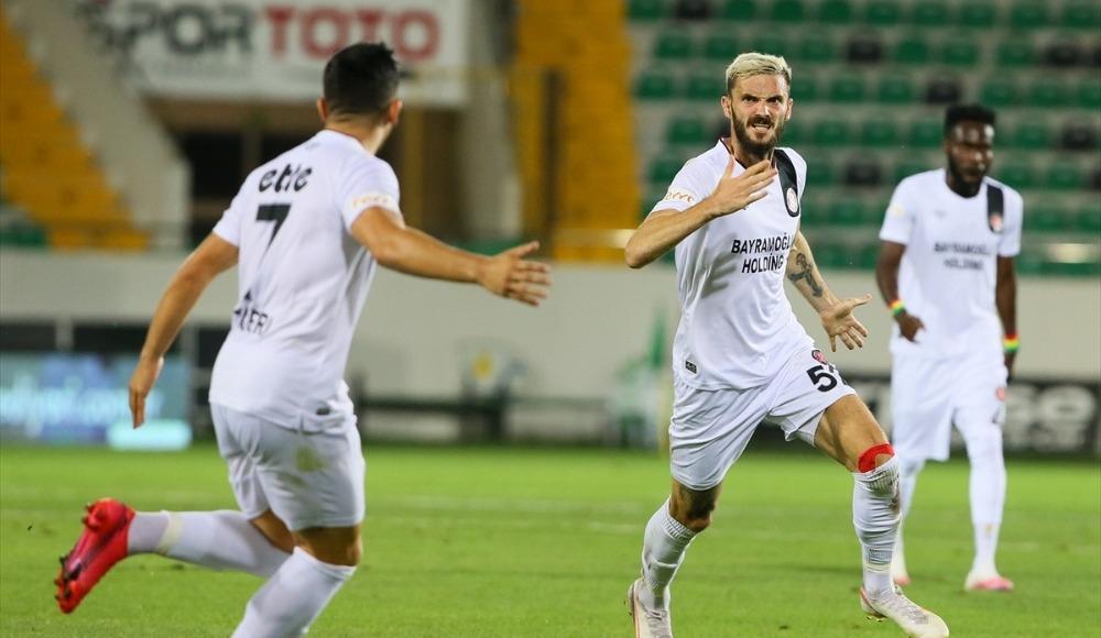 Fatih Karagümrük play - off finalinde!