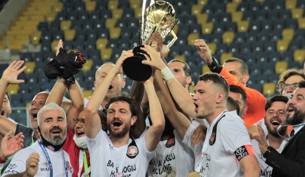 Fatih Karagümrük Süper Lig'de!