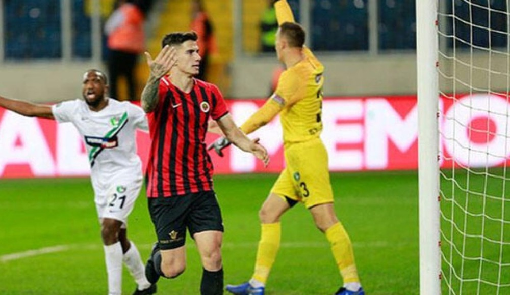 FC Nantes, Berat Özdemir'e teklif sundu