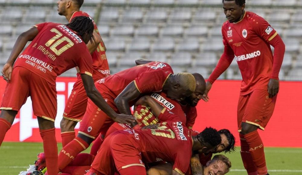 Belçika'da futbol geri döndü, kupayı Antwerp kazandı