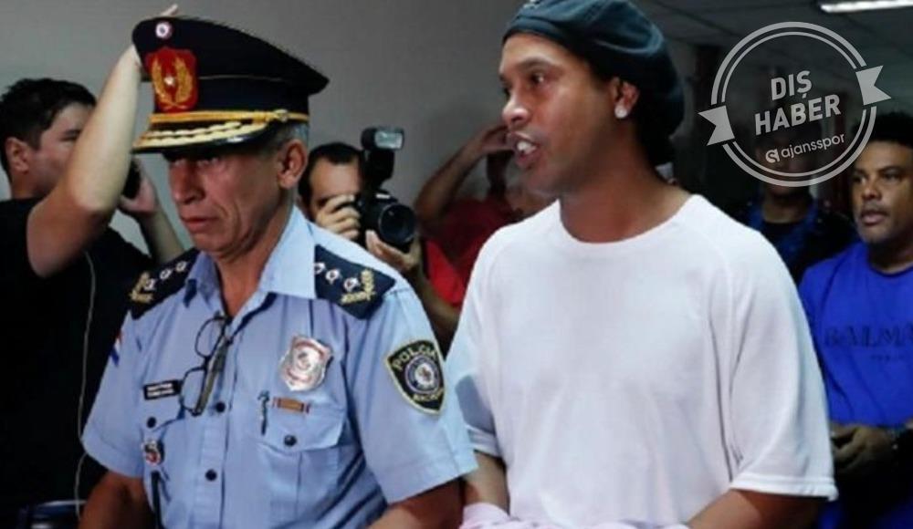 Ronaldinho serbest kalıyor...
