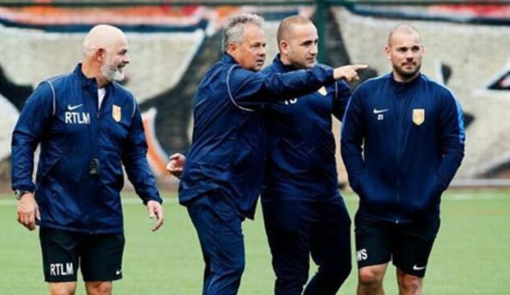 Wesley Sneijder sahalara geri döndü