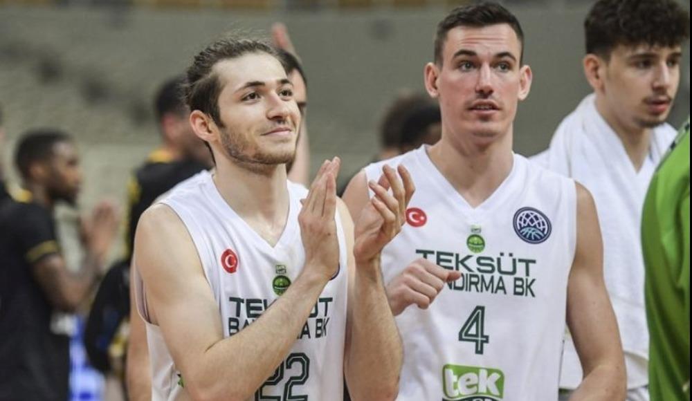 Şehmus Hazer, Beşiktaş'a transfer oldu
