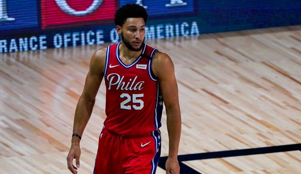 NBA'de 76ers forması giyen Simmons sakatlandı