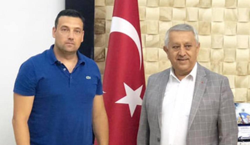 Mustafa Oğuz kimdir?