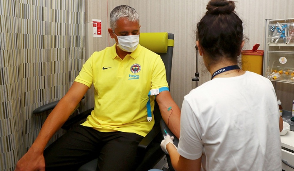 Fenerbahçe Beko Başantrenörü Kokoskov, sağlık kontrolünden geçirildi