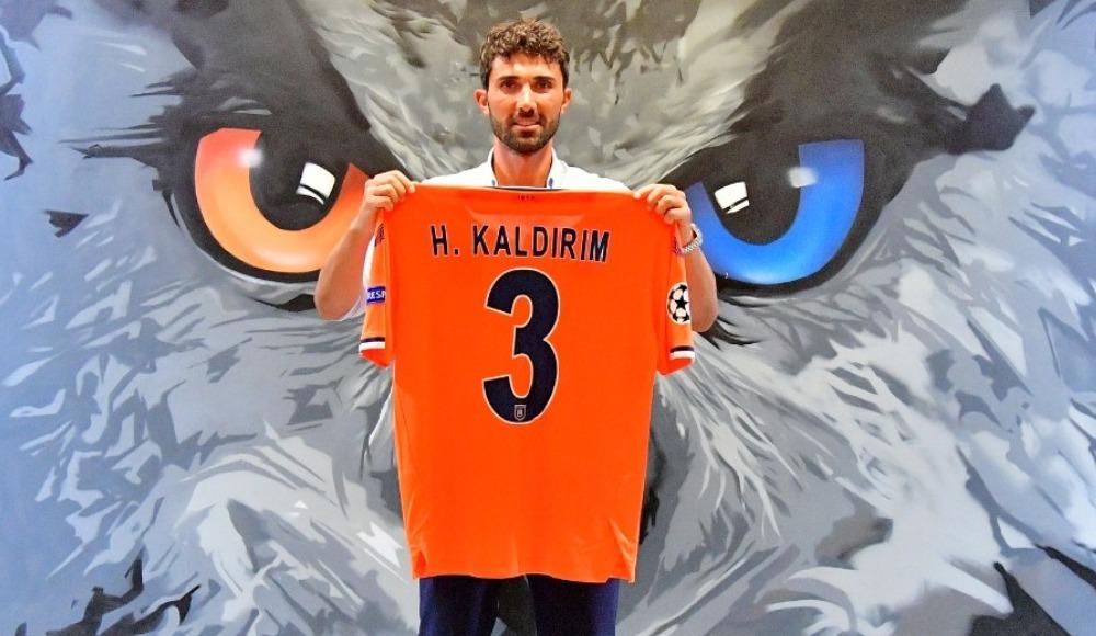 Fenerbahçe'den ayrıldı, Başakşehir ile imzaladı