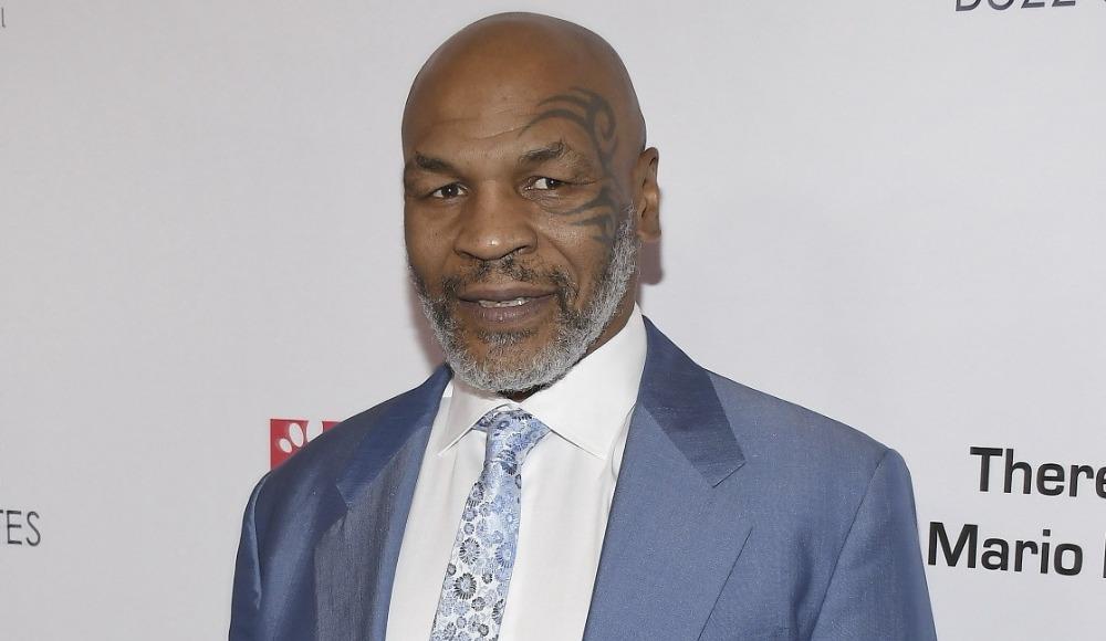Mike Tyson'ın ringe dönüş maçı ertelendi
