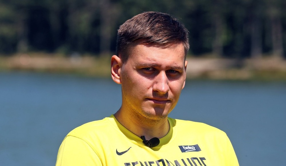 """Edgaras Ulanovas: """"Fenerbahçe Beko gibi bir takımdan teklif almak harikaydı"""""""
