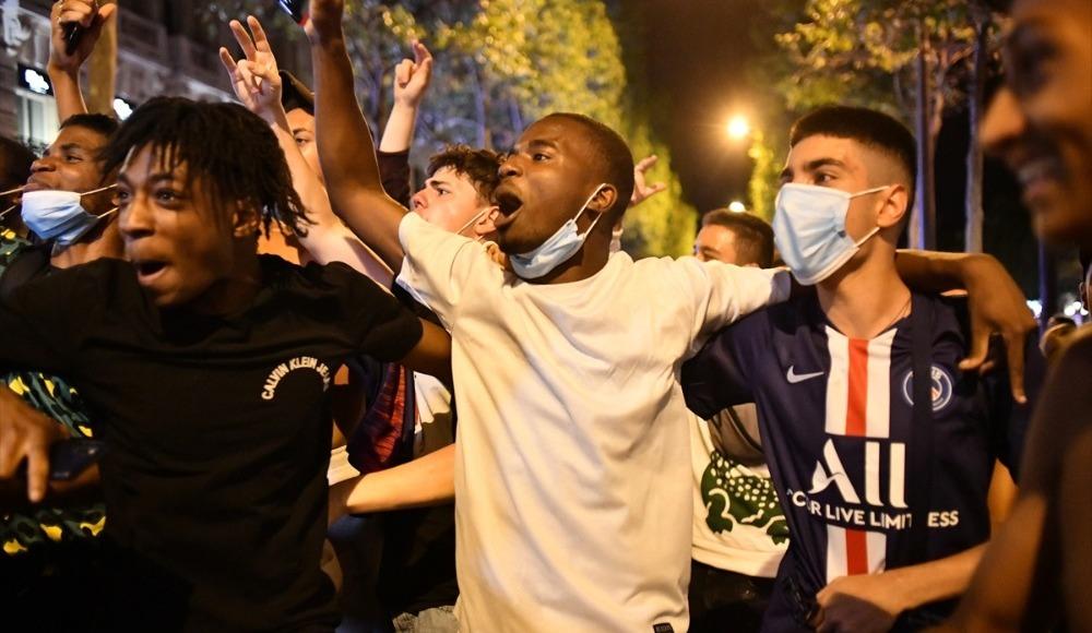 PSG taraftarının final kutlamaları sırasında 36 gözaltı