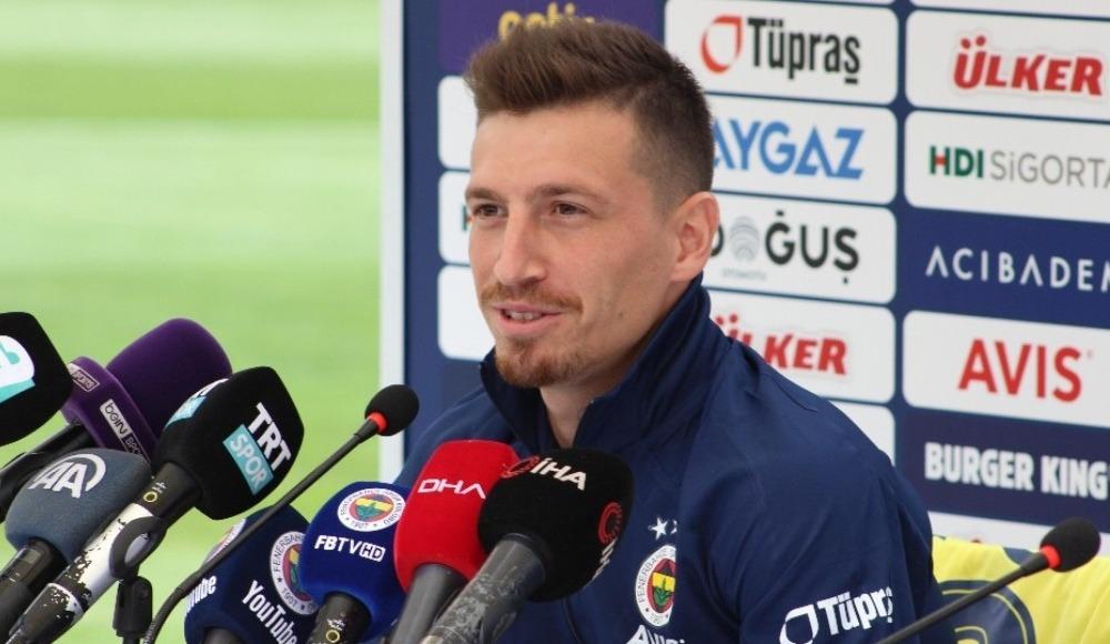 Galatasaray derbisiyle sahalara dönecek