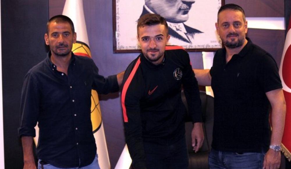 Eskişehirspor, kaleci Melih Ağa ile sözleşme yeniledi