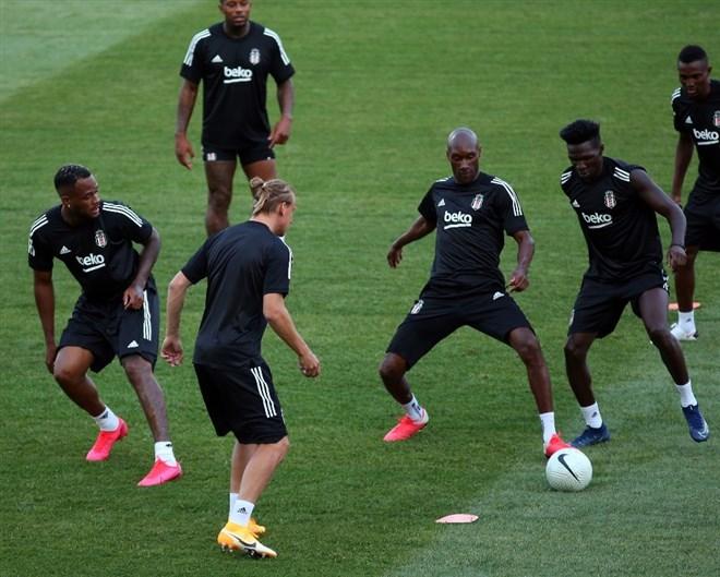Beşiktaş, PAOK hazırlıklarını tamamladı