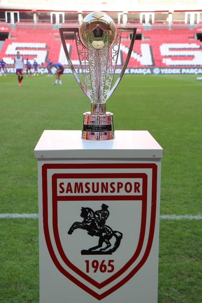 Samsunspor şampiyonluk kupasına kavuştu