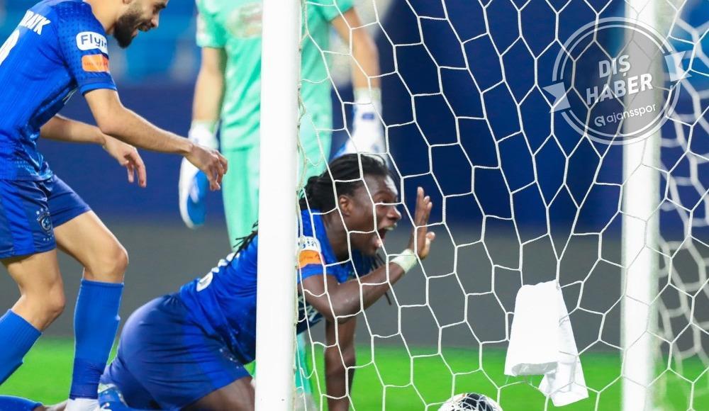 Bafetimbi Gomis hat-trick yaptı, Al-Hilal şampiyon oldu