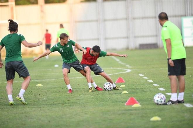 Mustafa Er, Bursaspor ile ilk antrenmanına çıktı