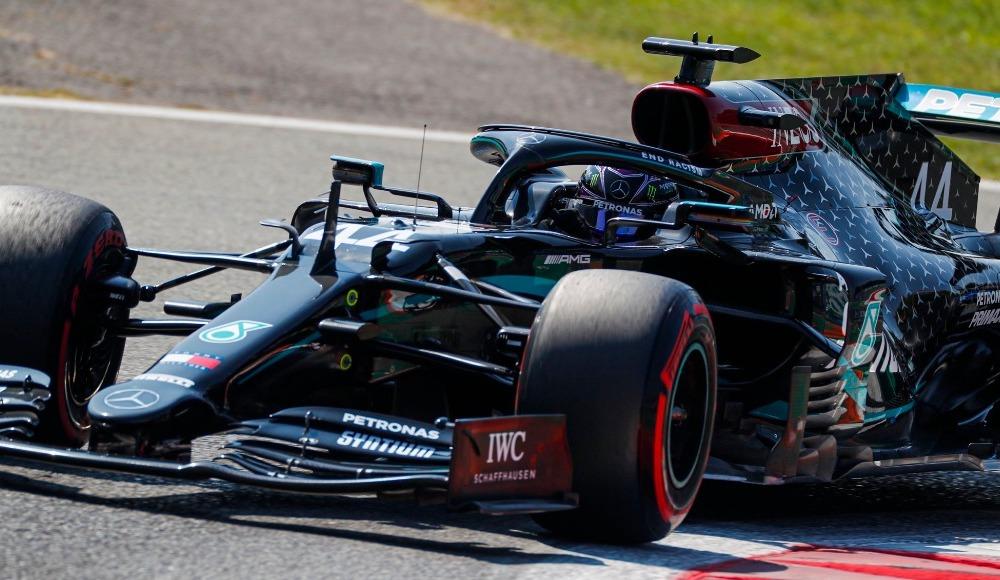 Hamilton Portekiz'de ilk sıradan başlıyor