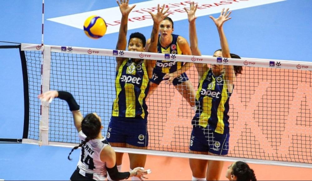 Fenerbahçe Opet, Beşiktaş'a set vermedi