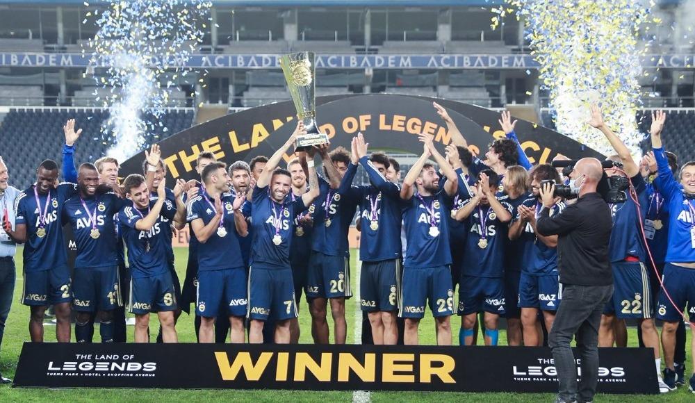 Fenerbahçe'nin kupa sevinci