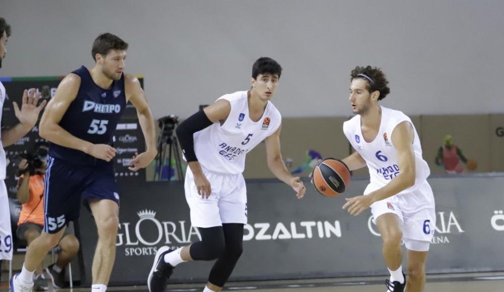 İlk turnuvada şampiyon Anadolu Efes
