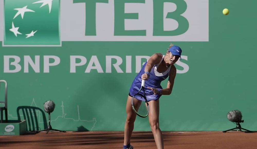 Milli tenisçiler Başak Eraydın ile Zeynep Sönmez, turnuvaya veda etti