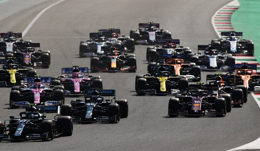 Toskana Grand Prix'sini, Lewis Hamilton kazandı