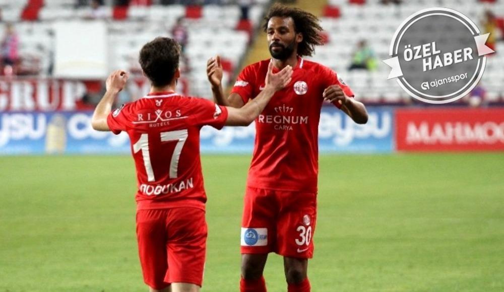 """""""Beşiktaş'ın Nazım için yaptığı teklifi kabul ettik ama..."""""""