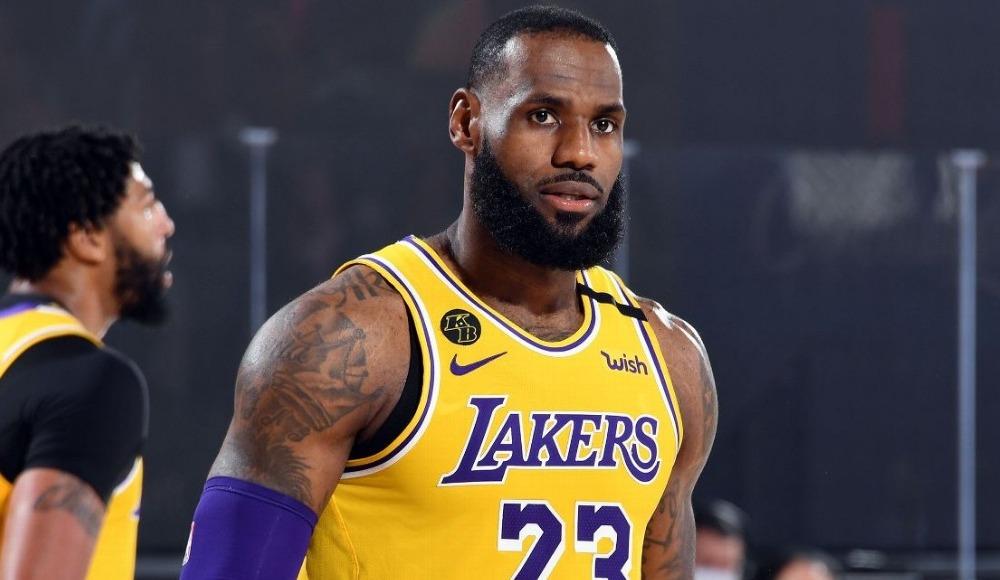 NBA'de yılın 5'leri belirlendi, LeBron James rekor kırdı