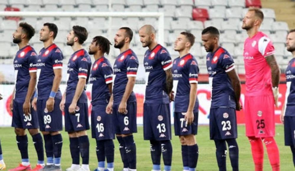 """""""Beşiktaş - Antalyaspor maçı oynatılamaz"""""""