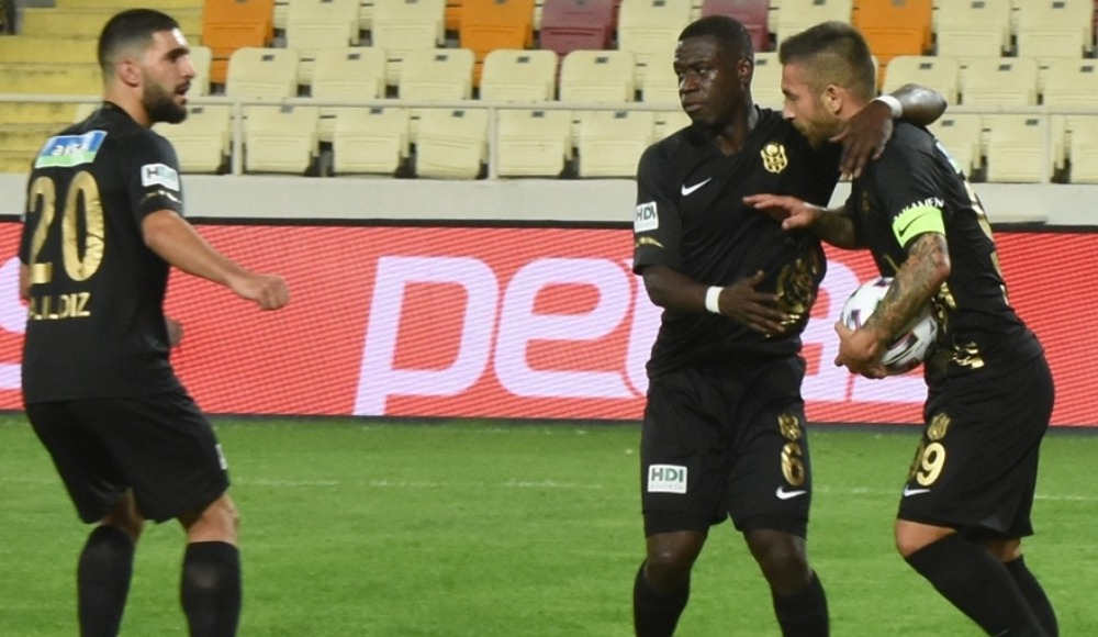 Yeni Malatyasporlu futbolculardan maç sonu açıklaması