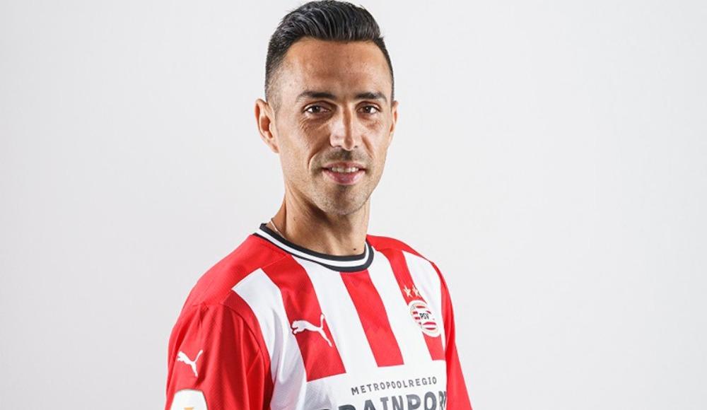 Fenerbahçe'yle anıldı, PSV'ye gitti!