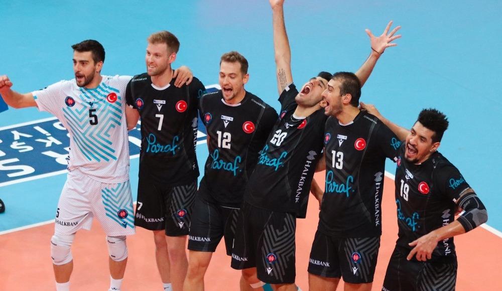 Halkbank, deplasmanda Bursa Büyükşehir Belediyespor'u 3-0 yendi