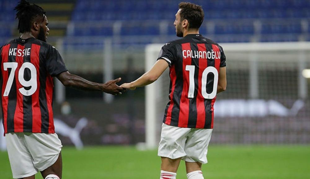 Hakan'ın golleriyle Milan tur atladı