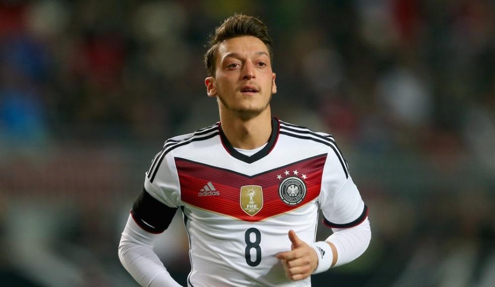 """Friedrich Curtius: """"Mesut Özil olayında çuvalladık"""""""