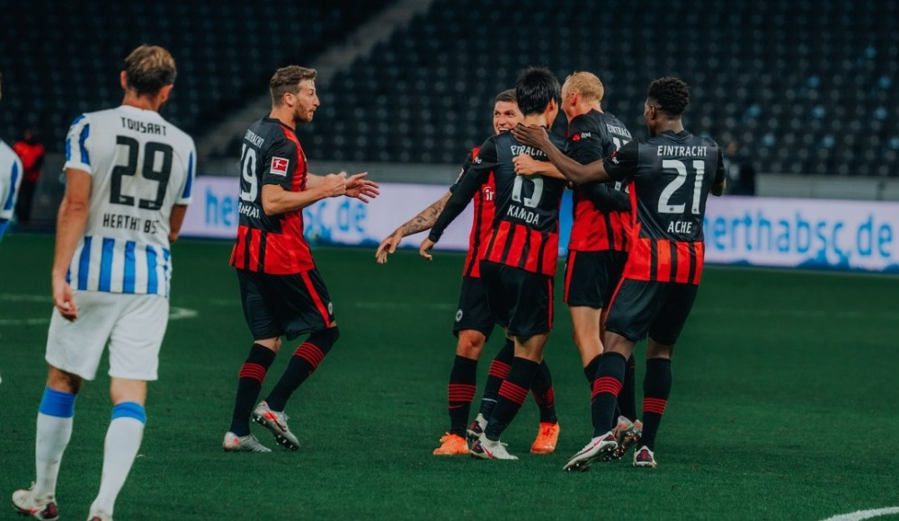 Eintracht Frankfurt, Hertha deplasmanında kazandı
