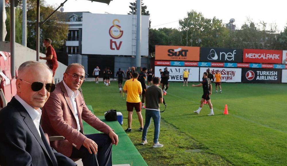 Galatasaray derbiye hazır! Cengiz ve Albayrak da izledi...