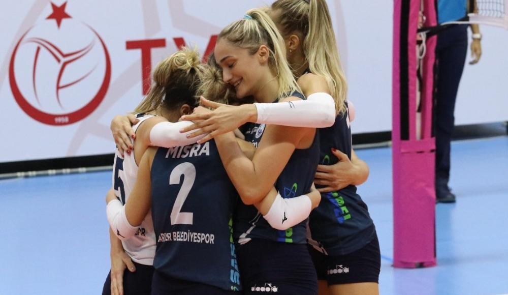 Sarıyer Belediyespor, Nilüfer Belediyespor'u 3-2 yendi