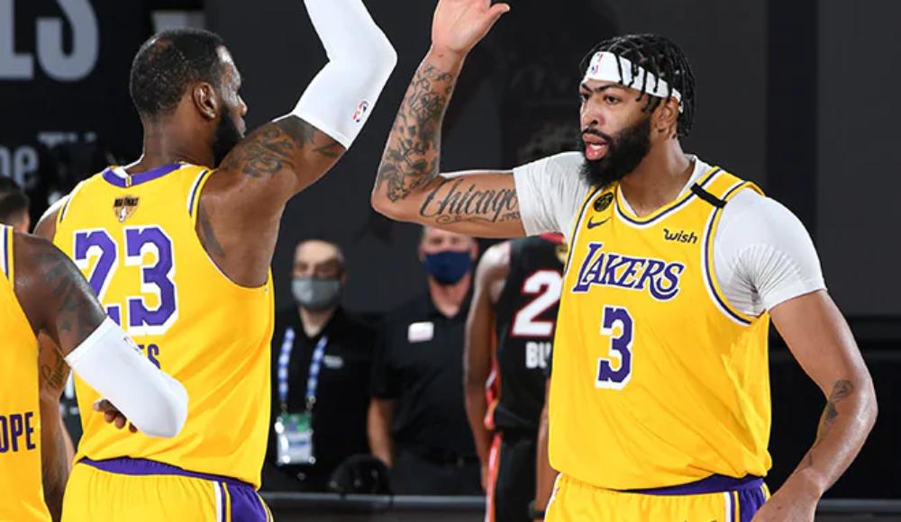 Lakers'tan görkemli başlangıç!