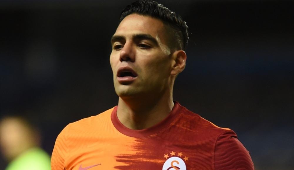 Galatasaraylı yöneticiden Falcao'ya: 'Bir işe yara bari'