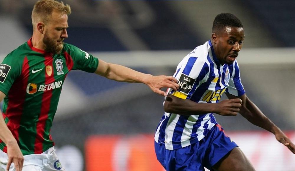 Alex Telles penaltı kaçırdı, Porto sahasında kaybetti